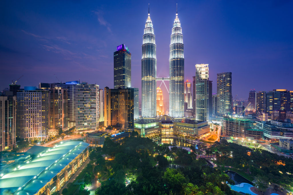This image has an empty alt attribute; its file name is kuala-lumpur-malaysia-park-and-skyline-M46CB8B-1024x683.jpg